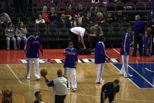 Pistons players warm up