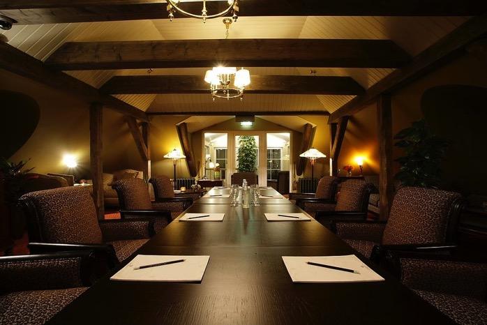 Hotel Ekesparre Residence seminar room panoramio alku 1
