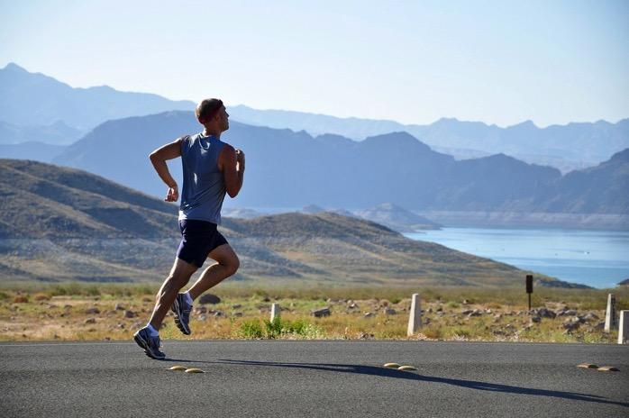 #514 インターバルトレーニングの休憩中は軽めのジョギングをしたほうが乳酸が除去されて疲労回復に繋がるとかって昔聞いたことあるけど、どうもそんなことはないようです