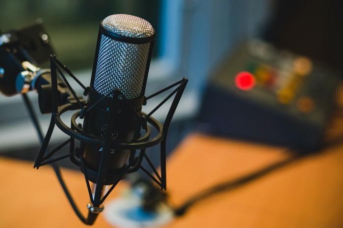 Microphone 2618102 1280